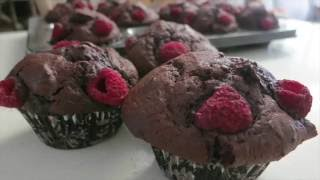 Mixed Berry Chocolate Muffins(makes 12 muffins)For more recipes:WEBSITE:www.dessertzhouse.comContact me through:FACEBOOK: http://www.facebook.com/DessertzHouseTWITTER: http://twitter.com/DessertzHouseE-MAIL: DessertzHouse@gmail.comxoxoDessertzHouse