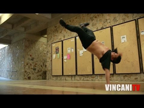 誰說肥宅就不能練BBOY地板動作?看看他吧!沒有藉口!