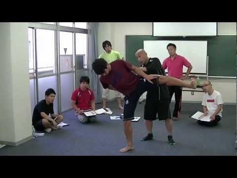 四股踏みトレーニング