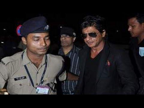 Shahrukh Khan leaves for TOIFA Awards 2013