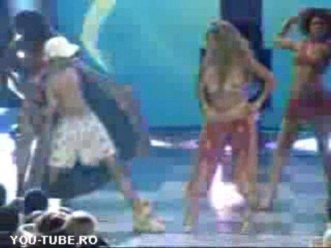 Beyonce copió la actuación de Kylie Minogue