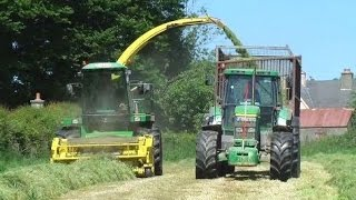 Ml O O'Keeffe at silage 2016 Second fleet with a John Deere 6850 Forager and 3 John Deere's drawing (2) 6920S and (1) 7710. in Kilmeaney Co Kerry.Thank you for watching please subscribe and like and also Follow on Twitter @agri_jmLike on Facebook JM Agri Videos You Tube.