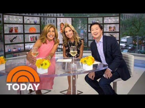 Celebrity Swipe! KLG And Hoda Dig Into Ken Jeong's Phone | TODAY