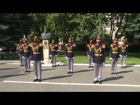 Нead of state decorated National Army contingent that participated in military parade in Moscow