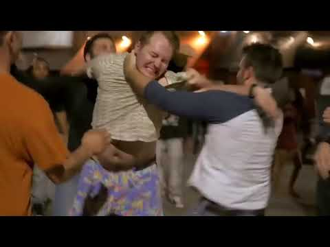 BOUNCER VS DRUNK STREET FIGHTS K.O (EPIC)