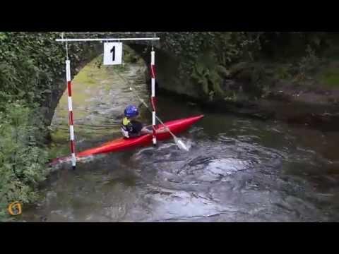 VIII slalom de piragüismo no río Zamáns.
