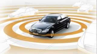 Mercedes-Benz BAS PLUS with Cross-Traffic Assist