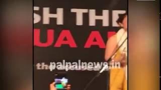 Video आसिफा की वकील ने दिल्ली मे बीजेपी की उड़ा दी धज्जियां /ASIFA LAWYER FIRES ON MODI IN DELHI MP3, 3GP, MP4, WEBM, AVI, FLV Juli 2018