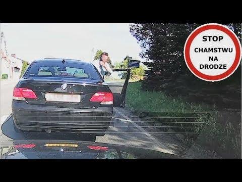 Seba nie lubi kiedy ktoś wyprzedza jego BMW. Musi pokazać kto jest panem na drodze