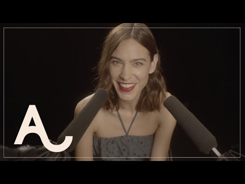 Alexa Chung's New Year's ASMR | ALEXACHUNG видео