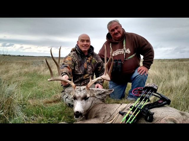 Mule Deer BOW hunt in South Dakota with Routier Outfitting A-1 Archery hunt
