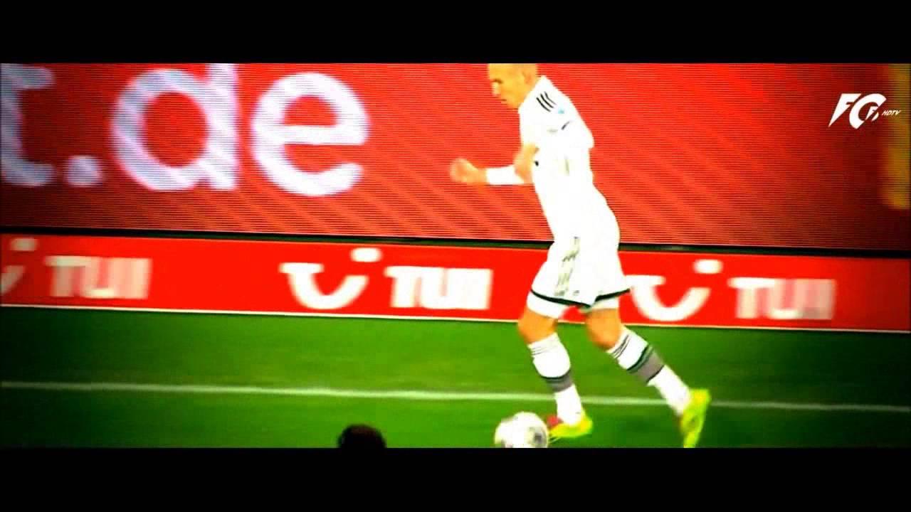 Khả năng đi bóng siêu hạng của Arjen Robben