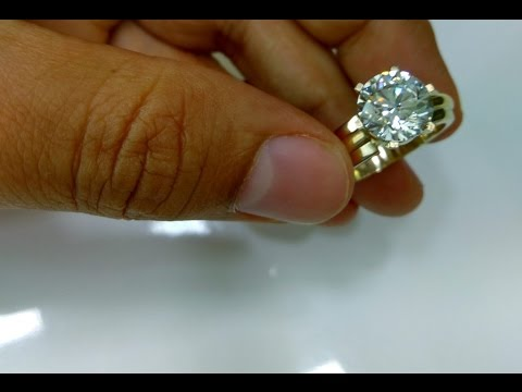 WHAT WILL BE APPROX COST OF ENGAGEMENT RING DIAMONDS  0.90CT WHITE VVS QUALITY
