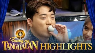 Video Ryan eats 'Balut' | Tawag ng Tanghalan MP3, 3GP, MP4, WEBM, AVI, FLV Maret 2019