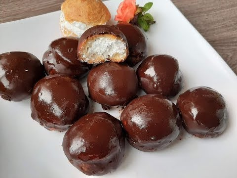 Bakina kuhinja- čokoladne punjene profiterole (chocolate stuffed profiteroles)