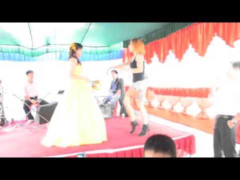 Em Gái Chân Dài Nhảy Cực Bốc tại đám cưới (hot 2014)