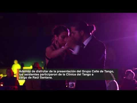 Exitosa tercera versión de la Noche de Tango en Huechuraba. Con gran éxito se realizó en el Centro Cultural de Huechuraba, la tercera versión de la Noche de Tango. Los vecinos de la comuna pudieron disfrutar de las canciones del Grupo Calle de Tango y aprender los pasos básicos de este clásico género musical con Raúl Santana y su bailarina.