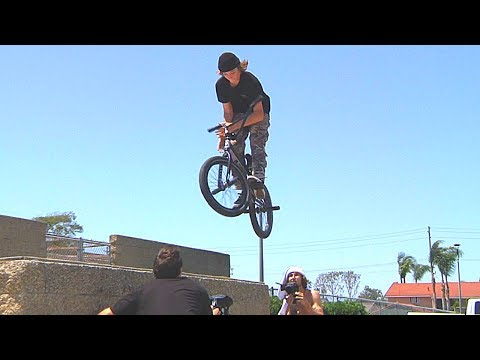 MAKING A BMX COMMERCIAL (видео)