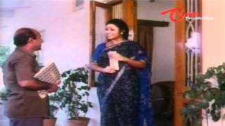 Sri Lakshmi Hilarious Scene With Postman