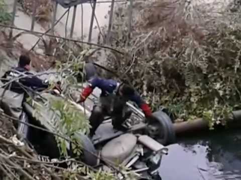 Two cars flew into the river In Feodosia