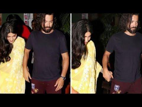 Shruti Haasan Spotted With Her Boyfriend On A Dinn