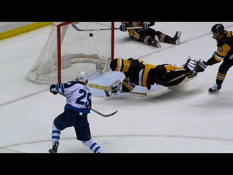 Video: Laine finishes off pretty passing play by Jets