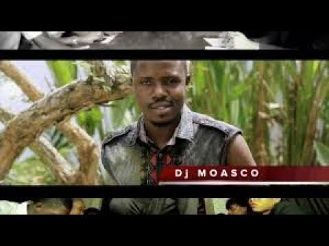 Video DJ MOASCO LE TOURBILLON AVEC SA DANSEUSE FATIM DIESIEL download in MP3, 3GP, MP4, WEBM, AVI, FLV January 2017