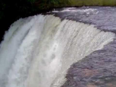 Cachoeira  da fumaça (município de Ponte Alta do Tocantins)