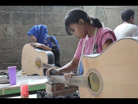 Proses Pembuatan Gitar Akustik Versi Semi Modern - Indonesia Punya