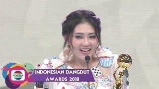 Video Via Vallen Sampai Terharu Menerima Piala IDA Kategori Penyanyi Dangdut Solo Wanita Terpopuler MP3, 3GP, MP4, WEBM, AVI, FLV Maret 2019