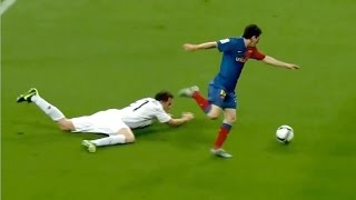 Video Top 20 Dribbles In Football MP3, 3GP, MP4, WEBM, AVI, FLV April 2017