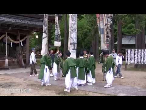 出石神社で初節句祝う「幟まわし」