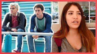 Que opinan los jóvenes sobre '13 Reasons Why' la exitosa serie de Netflix? Un grupo de adolescentes fueron entrevistados y compartieron con nosotros sus personajes favoritos, más odiados y cómicos al igual que los momentos más cómicos, incómodos y tristes, hasta varias opiniones sobre Hannah Baker (Katherine Langford), Clay Jensen (Dylan Minnette), Alex (Miles Heizer), Justin (Brandon Flynn),  y muchos más; demostrándonos cuan fans son de la serie y lo emocionados que están por la segunda temporada de '13 Reasons Why.'Qué opinan ustedes?Mira también: 13 Reasons Why, locura en los MTV Movie Awards: https://youtu.be/_3_e7ip7eeQAdele se disfraza de anciana: https://youtu.be/hOYCugzF7PE Suscribete http://bit.ly/WanestEntFacebook http://facebook.com/WanestYTTwitter http://twitter.com/WanestYTInstagram http://instagram.com/WanestYTJovenes Opinando sobre 13 Reasons Why, 2017