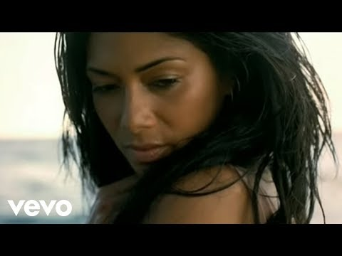 Nicole Scherzinger feat. Will.i.am – Baby Love