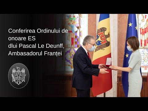 Președintele Maia Sandu i-a conferit Ordinul de Onoare Ambasadorului Republicii Franceze, Pascal Le Deunff