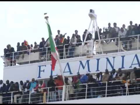 Fuori dal comune - Appalti e servizi, i comuni scongiurano la paralisi - Piano accoglienza migranti Tredicesima puntata della trasmissione realizzata in collaborazione con Anci Toscana.