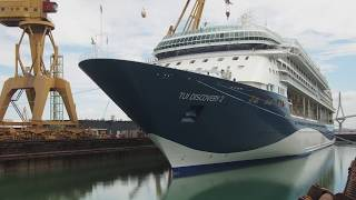 This time-lapse video gives you a behind-the-scenes look at TUI Discovery 2's makeover, while in dry dock. The ship, formerly known as Legend of the Seas, was transformed into TUI Discovery 2, before she officially joined the Thomson Cruises fleet, in Malaga, in early May. TUI Discovery 2 is the sister ship of TUI Discovery, and the two come with exciting facilities like an outdoor cinema, a rock climbing wall and a minigolf course. Plus, they're both All Inclusive as standard. TUI Discovery 2 will be based in Malaga for the rest of the summer – dropping in on Barcelona, Valencia and Lisbon, before taking up residence in Tenerife for September. Meanwhile, the Caribbean calls in winter, when the ship will be based out of Montego Bay, Jamaica. Book your TUI Discovery 2 cruise holiday here: http://www.thomson.co.uk/cruise/ Then connect with us via:https://www.instagram.com/thomsoncruiseshttps://www.facebook.com/thomsoncruises