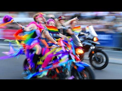 Sydney feiert farbenfrohes Mardi Gras-Spektakel: »Bes ...