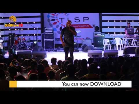 COMEDIAN BASH CRACKS AUDIENCE UP AT THE LAGOS STREET PARTY
