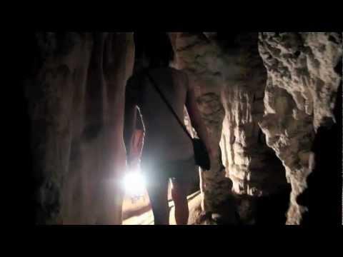 Lod Cave (Tham Nam Lod) Northern Thailand (видео)