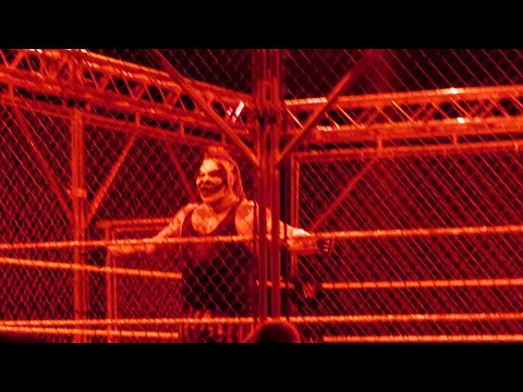 """WWE Glasgow Nov. 2019   """"The Fiend"""" Bray Wyatt vs Seth Rollins (Steel Cage)"""