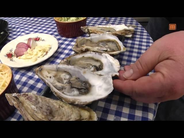 Gebackene Austern mit Käse, Knoblauch und Kräuterbutter