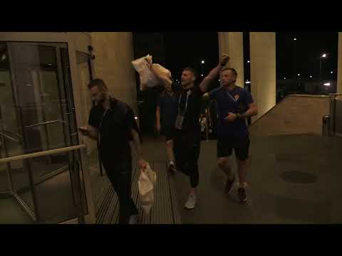 Slavljenički povratak Vatrenih u hotel u Sočiju