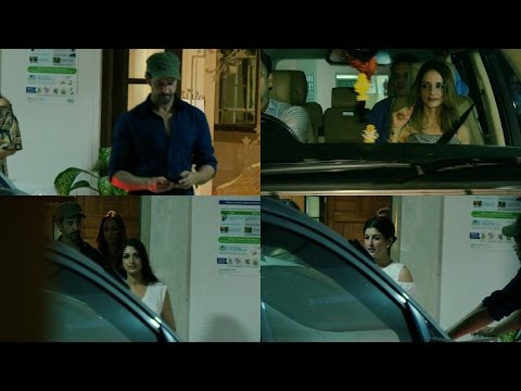 Hrithik Roshan | Sonali Bendre | Twinkle Khanna | Sussanne Khan Spotted At Bandra