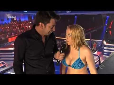 ANTENA 3 TV - Daniela Blume en Splash - hace un equilibrio mortal desde 7,5 metros (видео)