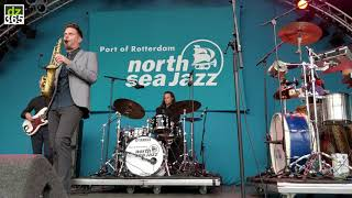 Full article with videos and photos on Drummerszone:http://drummerszone.com/news/article/on-stage-6-13548/watch-the-drummers-of-north-sea-jazz-2017- Watch the drummers of North Sea Jazz 2017 -A 5-minute compilation of drummers and artists at the North Sea Jazz Festival 2017. A quick and dry overview with 30 second fragments of all the footage that we could make, or that was send to us and just good enough to add.The North Sea Jazz festival is a three day cruise with the finest of the finest in artists. 2017 had Ari Hoenig, Vinnie Colaiuta, Dave Weckl, Mark Guiliana and many more of the best played the 43th edition of the annual Jazz coup that overtakes the city of Rotterdam. Here we watch and scroll through the drummers and percussion players with their own bands, or that played with artist like Herbie Hancock, Erykah Badu, Mary J Blidge, Doyle Bramhall II, Jamiroquai and Bill Laurance.In this compilation are:- Joshua Blackmore, Felix Higginbottom, Steven Brezet, with Bill Laurancewatch the full Joshua Blackmore video on: https://youtu.be/6uuLAxzSoD0- Justin Tyson, with Robert Glasper Experimentwatch the full Justin Tyson video on: https://youtu.be/Xmojmm0OqkA- Ari Hoenig Triowatch the full Ari Hoenig video on: https://youtu.be/2xOLrYtQQdc- Mark Guiliana with his Jazz Quartetwatch the full Mark Guiliana video on: https://youtu.be/90n_OwpGx9o- Rexsell Hardy Jr, drummer with Mary J Blidge - Makaya Mccraven- Jamie Peet and Phil Martin, with saxophonist Bart Wirtzwatch the full video with Jamie Peet on: https://youtu.be/6VjGj95PMjU- Stephen Hodges, with soul queen Mavis Staples- Jeff Ballard, with the Wolfgang Muthspiel Quintetwatch the full Jeff Ballard video on: https://youtu.be/D8ApYtQ2aVY- Anthony Cole, with Eric Clapton guitarist Doyle Bramhall II- Derrick McKenzie and Sola Akingbola, with JamiroquaiRexsell (Rex) Hardy, Jr. on Drummerszone:http://drummerszone.com/artists/profile/13454/rexsell-rex-hardy-jrJustin Tyson on Drummerszone:http://drummerszone.com/artists/profile/12811/justin-tysonJeff Ballard on Drummerszone:http://drummerszone.com/artists/profile/151/jeff-ballardJamie Peet on Drummerszone:http://drummerszone.com/artists/profile/13813/jamie-peetMark Guiliana on Drummerszone:http://drummerszone.com/artists/profile/11251/mark-guilianaAri Hoenig on Drummerszone:http://drummerszone.com/artists/profile/4524/ari-hoenigJoshua Blackmore on Drummerszone:http://drummerszone.com/artists/profile/15200/joshua-blackmoreSteven Brezet on Drummerszone:http://drummerszone.com/artists/profile/14540/steven-brezetFelix Higginbottom on Drummerszone:http://drummerszone.com/artists/profile/15201/felix-higginbottomMakaya McCraven on Drummerszone:http://drummerszone.com/artists/profile/15181/makaya-mccravenStephen Hodges on Drummerszone:http://drummerszone.com/artists/profile/1523/stephen-hodgesAnthony 'AC' Cole on Drummerszone:http://drummerszone.com/artists/profile/10642/anthony-ac-coleDerrick McKenzie on Drummerszone:http://drummerszone.com/artists/profile/2213/derrick-mckenzieSola Akingbola on Drummerszone:http://drummerszone.com/artists/profile/4639/sola-akingbolaAll artists in this video:Bill Laurance:Bill Laurance - piano, keyboardsChris Hyson - bassJoshua Blackmore - drumsFelix Higginbottom - percussion, keyboardsSteven Brezet - percussionMark Guiliana Jazz Quartet:Nitai Hershkovitz - pianoOr Bareket - double bassAri Hoenig - drumsJason Rigby - alto saxophoneFabian Almazan - pianoChris Morrissey - double bassMark Guiliana - drumsBart Wirtz:Bart Wirtz - saxophoneEmiel van Rijthoven - keyboards, synthesizersKasper Kalf - bassJamie Peet - drumsPhil Martin - percussion, synthesizersWolfgang Muthspiel Quintet:Ralph Alessi - trumpetWolfgang Muthspiel - guitarGwilym Simcock - pianoLarry Grenadier - double bassJeff Ballard - drumsRobert Glasper Experiment:Casey Benjamin - saxophone, vocoderMike Severson - guitarRobert Glasper - pianoBurniss Travis II - bassJustin Tyson - drumsDoyle Bramhall II:Doyle Bramhall II (vocals, guitar)Adam Minkoff (guitar, keyboards, drums, vocals)Ted Pecchio (bass, vocals)Anthony Cole (drums, vocals)Jamiroquai:Jay Kay (vocals)Elle Cato, Hazel Fernandes, Valerie Etienne (backing vocals)Rob Harris (guitar)Nate Williams (guitar, keyboards)Matt Johnson (keyboards)Paul Turner (bass)Derrick McKenzie (drums)Sola Akingbola (percussion)Howard Whiddett (sequencer)Follow Drummerszone on:YouTube: https://www.youtube.com/drummerszoneTwitter: https://twitter.com/drummerszoneFacebook: https://www.facebook.com/drummerszoneInstagram: https://www.instagram.com/drummerszoneBeat your heart out!http://drummerszone.comVisit our live Drummer Index:http://drummersocial.com
