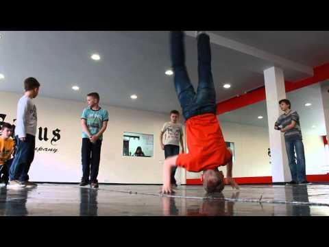 B-boying Sirius dance academy
