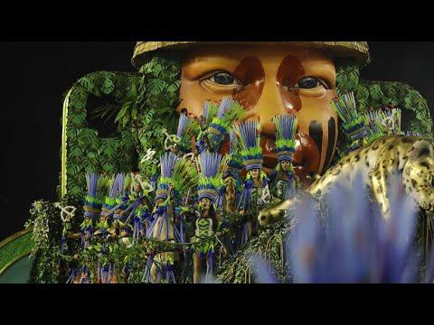 Karnevalisten wegen Sex- Video sauer auf Bolsonaro