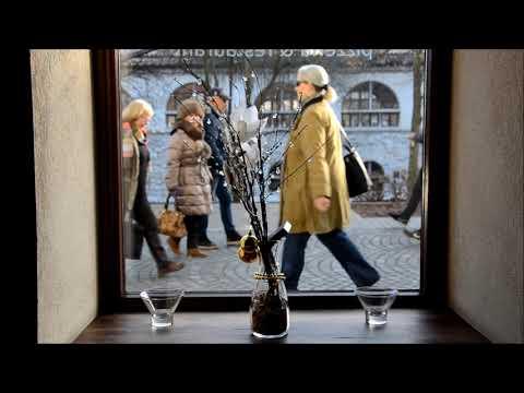 Dunja Knebl & Kololira - Naša mat