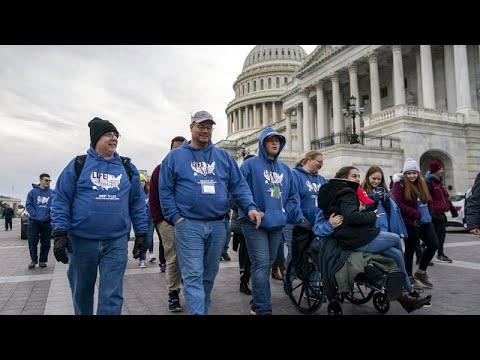 Σε διαδήλωση κατά των αμβλώσεων ο Ντόναλντ Τραμπ